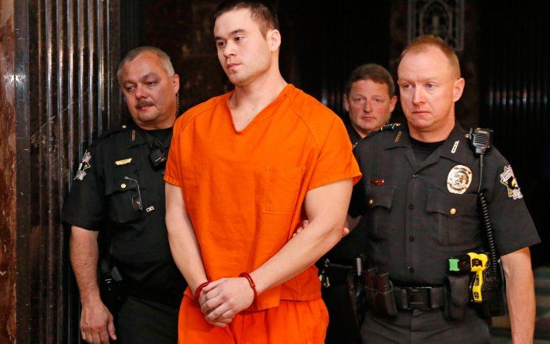 Daniel Holtzclaw Rapist Cop