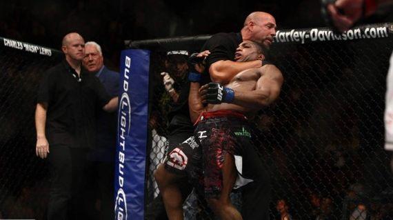 UFC ref 2