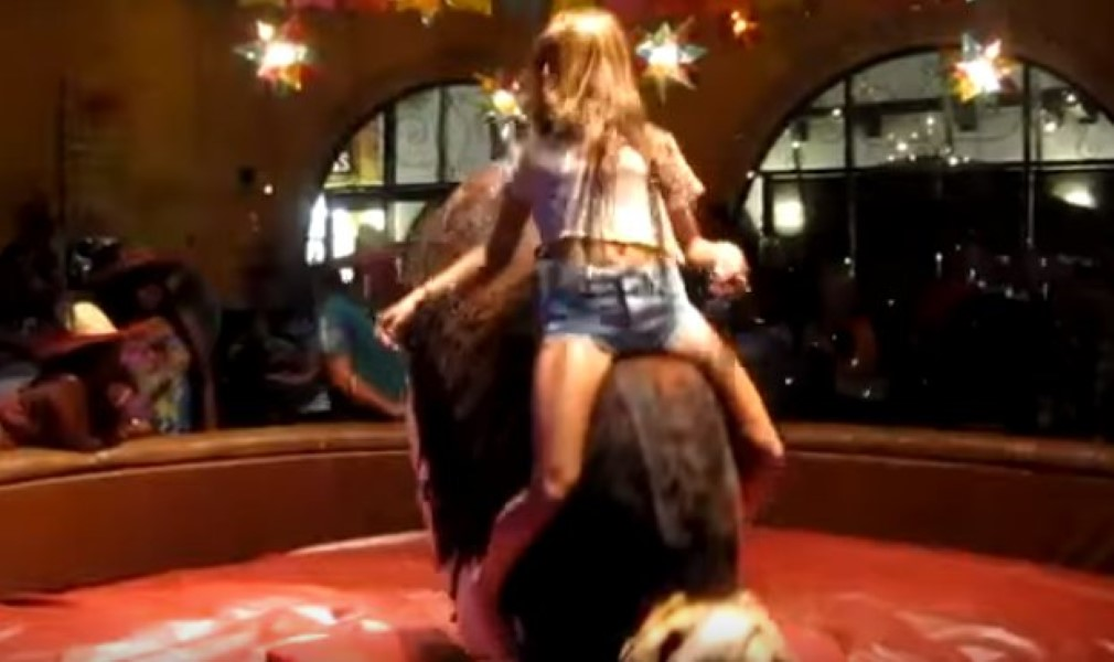Girls Riding Mechanical Bull Girls Gone Wild ® Free Videos of.