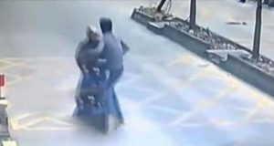 Man Kicks Thief Off Scooter (1)