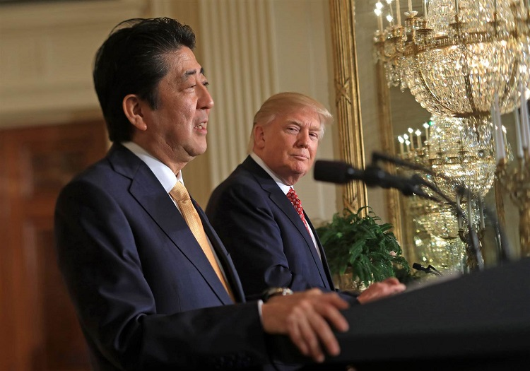 trump pretends to understand japanese 2