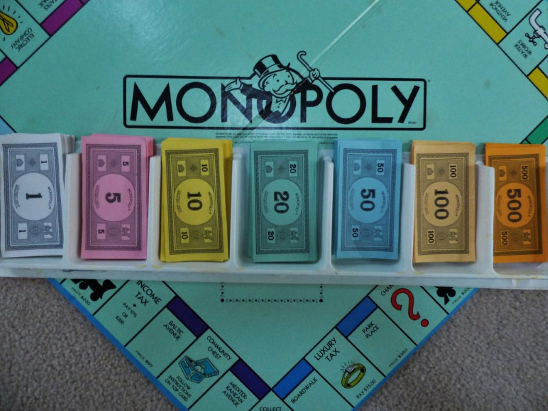 http://thuglifevideos.com/wp-content/uploads/2017/01/Monopoly-Money-Robbery-2.jpg