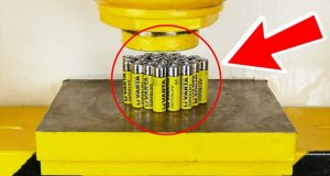 Crushing Batteries With Hydraulic Press (1)